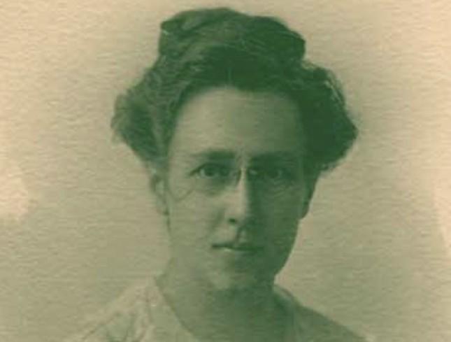 Cornelia Schorer ist eine der ersten deutschen Frauen gewesen, die eine Promotion in Medizin ablegten. Sie kam aus Lübeck.