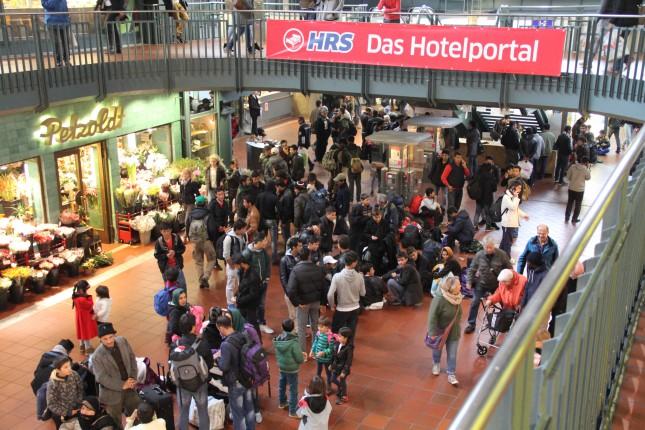 Umfunktioniert zur Flüchtlingshilfe - Der Hambuger Hauptbahnhof