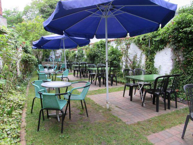 Unsere Tester haben den Garten hinter dem Eiscafé leider übersehen.