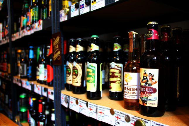 Brauarten, wie Stout, Porter, Ale und Lager füllen die Regale des Ladens in der Balauerfohr.
